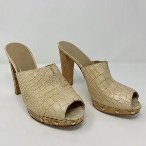 EXTREMELY RARE &VINTAGE Stuart Weitzman wood heel